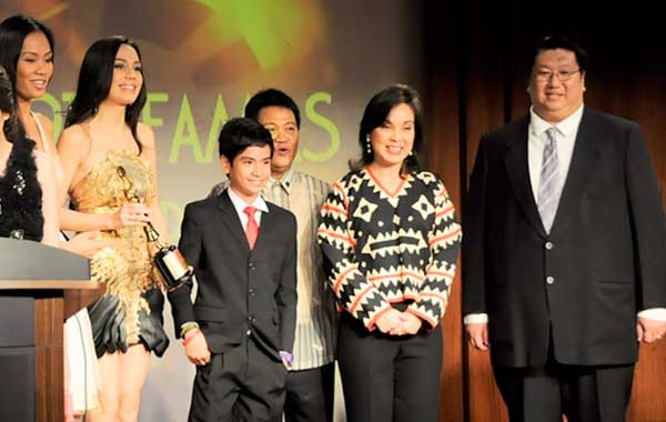 Sen. Loren Legarda gives first Environmental Award for Film at the 59th FAMAS Awards