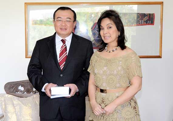 Sen. Loren Legarda with Amb. Liu Jianchao