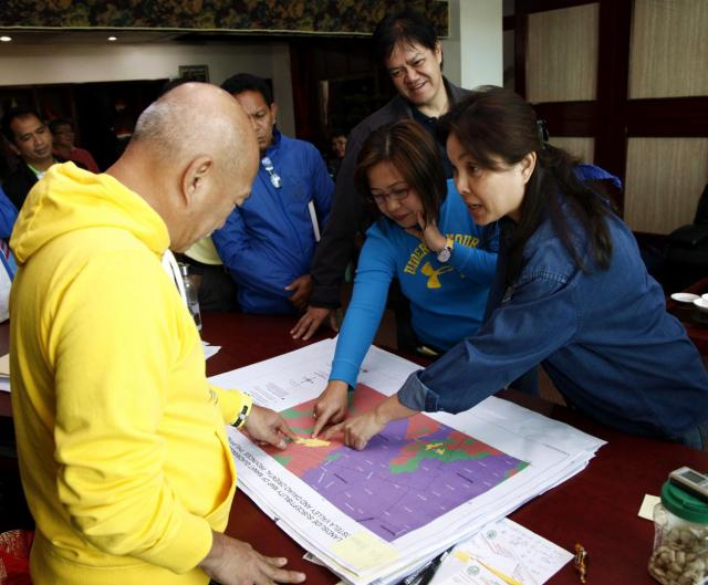 Distribution of Geohazard Maps in ComVal
