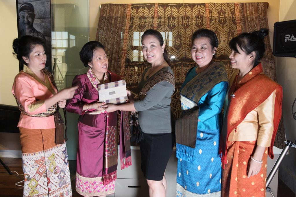Lecture and Demonstration on Traditional Lao Weaving